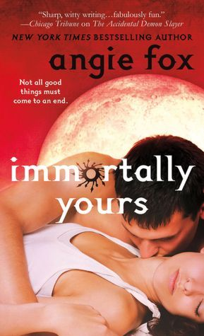Review: Immortally Yours by Angie Fox graphic